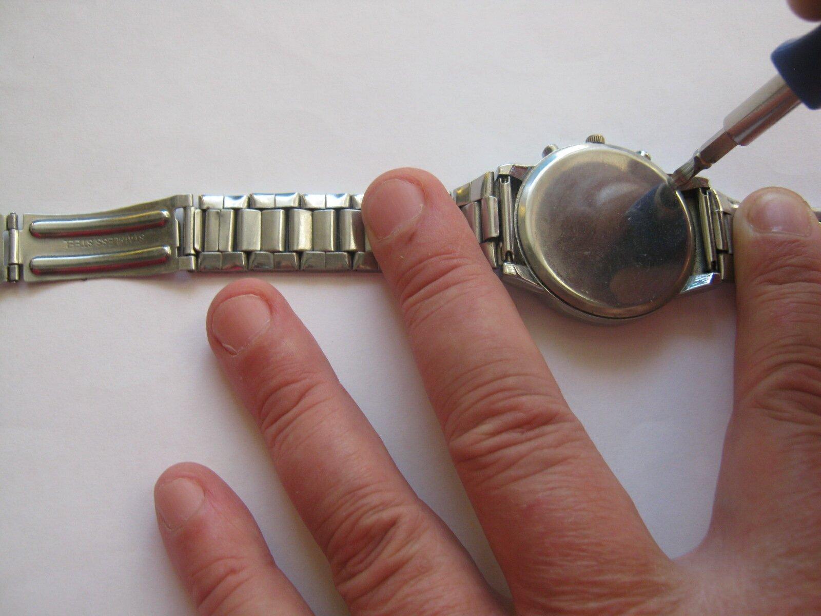 Как снять крышку наручных часов casio стимпанк часы купить настольные